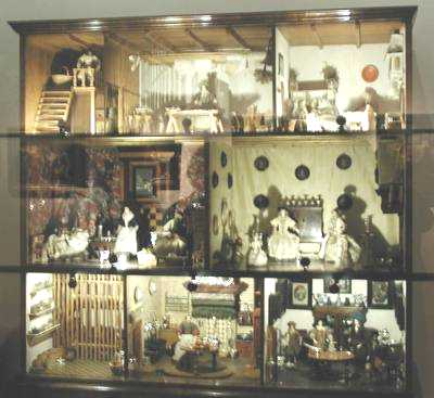 Petronella Dunois Doll House; photo credit Susan Kramer