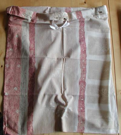 no sew hanging doll clothes bag; photo credit Susan Kramer